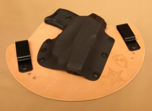 [HOLSTER REVIEW] Cleveland Holsters Custom Cut Hybrid IWB Holster