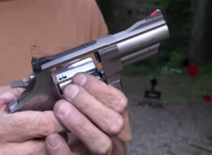 [VIDEO] How NOT To Shoot A Revolver